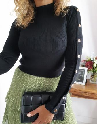 sweterek ze złotymi napami