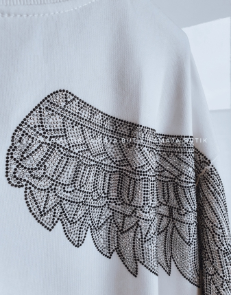 biała bluza ze skrzydłami lamaja butik 2