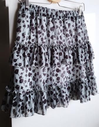miętowa spódniczka w kwiaty mini lamaja 2