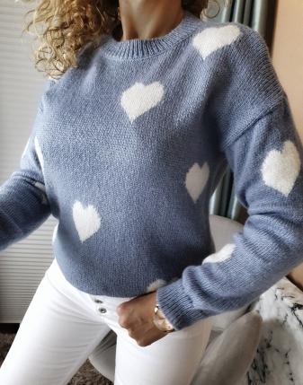 niebieski sweterek jeansowy w serduszka lamaja butik 10