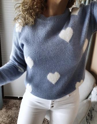 niebieski sweterek jeansowy w serduszka lamaja butik11
