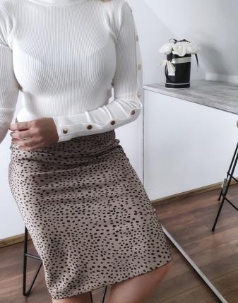 biały sweterek z napami