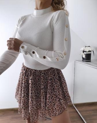 biały sweterek z napami 4