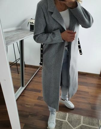 długi szary płaszcz  2