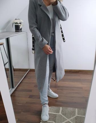 długi szary płaszcz  3