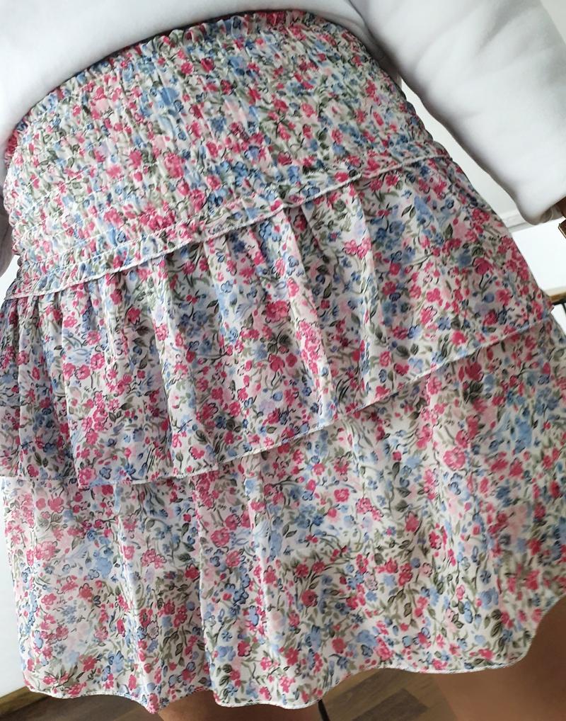 kolorowa spódniczka mini z falbankami 1
