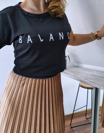 T-shirt czarny balance 1