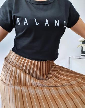 T-shirt czarny balance 3