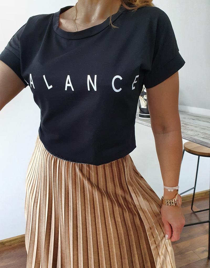 T-shirt czarny balance 4