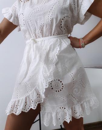 sukienka ażurowa biała 3