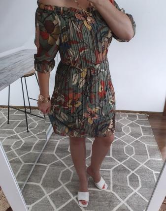 sukienka plisowana w kwiaty4