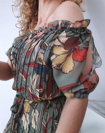 sukienka plisowana w kwiaty7