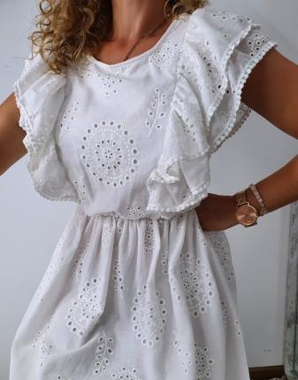 sukienka biała z falbanami 10