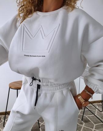 dres biały z koroną