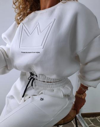 dres biały z koroną  8