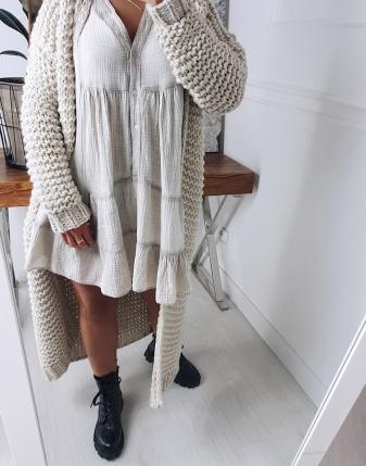 gruby sweter długi jasny  1