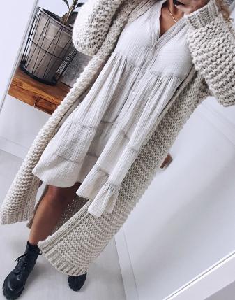 gruby sweter długi jasny  2