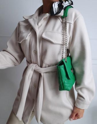jasny płaszcz  z paskiem11
