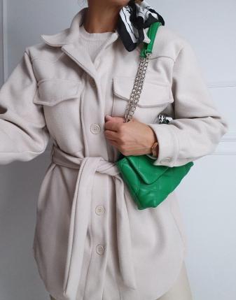 jasny płaszcz  z paskiem14