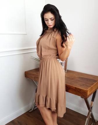 sukienka z falbaną camel