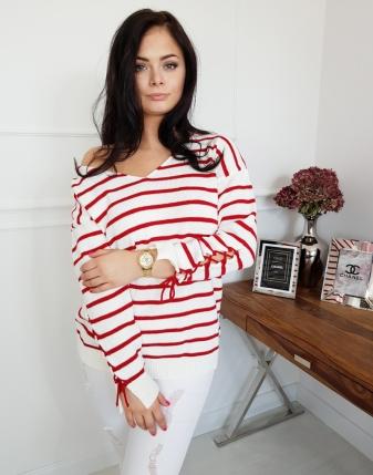 Sweterek biały w czerwone paski