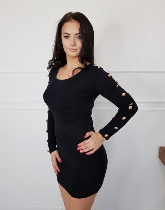sukienka dopasowana a czarna