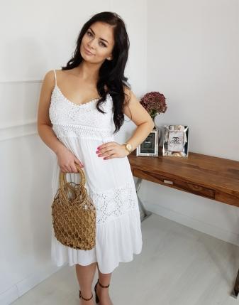 sukienka biała z koronką