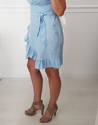 sukienka błękitna z falbankami