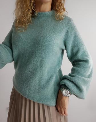miętowy sweter