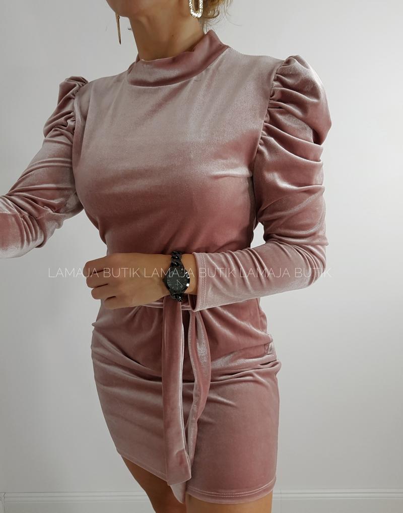 sukienka welurowa różowa z bufkami