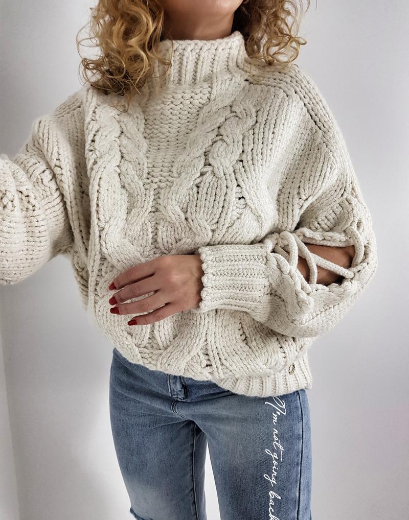 sweter gruby z warkoczami