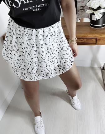 biała spódniczka  w kwiatki