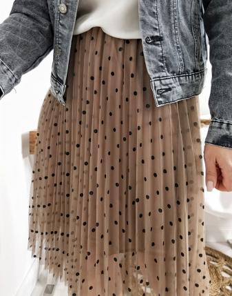 tiulowa spódniczka w kropki