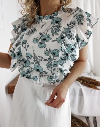 satynowa bluzka z falbankami w kwiatki