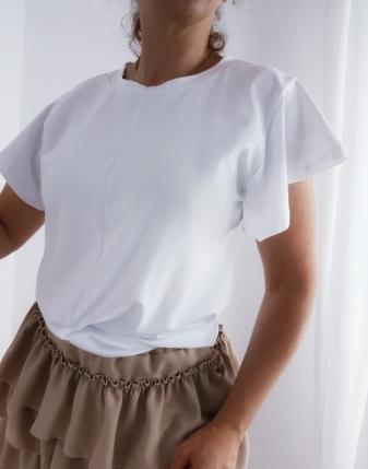 biała bluzka przeplatana